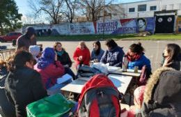 Jornada de lucha en Escuela de Arte: Clases abiertas, olla estudiantil y muestras
