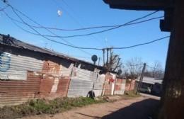 """Bomba de tiempo en 31 y 169: Casas precarias, conexiones ilegales y """"cablerío"""""""