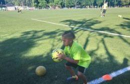 Dylan Navarro, una promesa del fútbol berissense que ya entrena en River