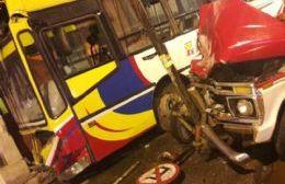Ambos conductores resultaron heridos.