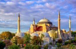 Reclamo griego a Turquía por Santa Sofia