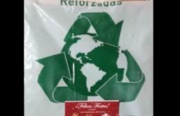 Advierten por estafa a vecinos: En nombre de los recolectores venden bolsas a 1200 pesos