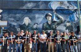 Emotivo acto en memoria a los héroes y caídos de Malvinas