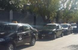 COVID-19: Charlas sobre prevención y seguridad destinada a taxistas de la ciudad