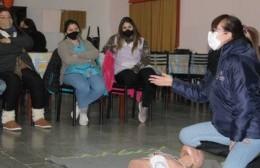 Se llevó adelante un curso de RCP para el personal de la Guardería San Martín