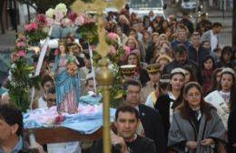 Masiva procesión en el cierre de las celebraciones patronales