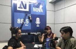 Alejandro Paulenko en el aire de BerissoCiudad en Radio.