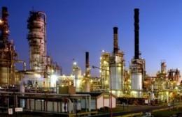 Incertidumbre salarial: Estado de alerta en todo el Polo Petroquímico