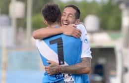 Villa San Carlos goleó al campeón