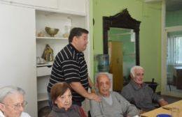 Nedela visitó el Hogar Municipal de Ancianos