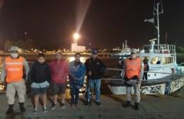 Prefectura rescató a cuatro pescadores en Punta Lara