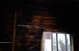 Se incendió la vivienda familiar y quedaron a la deriva