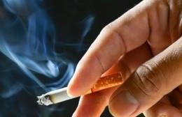 Mientras fumaba, intentaba hacer una conexión clandestina de gas: Fuga, fuego y susto