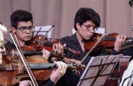 La Orquesta Escuela de Berisso se presenta en el Anexo del Senado bonaerense