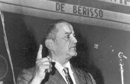 Crisólogo Larralde (1902-1962).