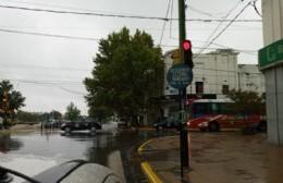 Defensa Civil: Recorrida e intervención para evitar inundaciones