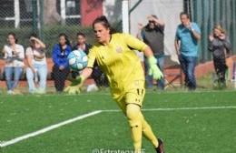 """Con carrera en el Servicio Penitenciario, Leticia también brilla en el fútbol: """"Siempre pude manejar los tiempos y espacios"""""""