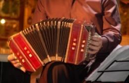 La Casa del Tango brinda su show en el Teatro Cine Victoria