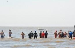 Examen en La Balandra: Más de 100 guardavidas revalidaron sus competencias