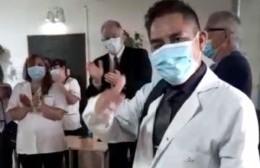 Tras meses de pelear por su vida, el doctor García Vásquez volvió a trabajar