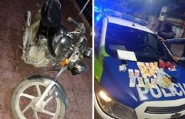 Dos berissenses iban en moto y cayeron en La Plata con drogas y un listado de clientes