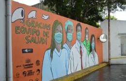 Inauguraron mural en homenaje a los trabajadores del Hospital Larraín