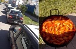 Taxistas autoconvocados celebraron su día con un viandazo de chorizos a la pomarola