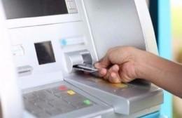 Quejas con el Banco Provincia: Tarjetas bloqueadas, servidores caídos y amenaza de bomba