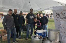 """Cerveceros Artesanales de Berisso celebraron su Día Internacional con un """"Cocinadón Solidario"""""""