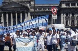 Mabel Martínez se refirió a la unidad de los enfermeros defendiendo la profesión y celebrando su día