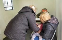 Intenso operativo de vacunación en Barrio Obrero