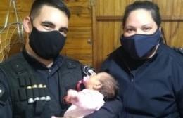 Ensenada: dos policías salvaron la vida de una beba con ejercicios de reanimación