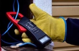 Reunión entre vecinos y autoridades para solucionar los sistemáticos cortes de luz