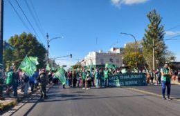 Cuarto intermedio en reunión entre el Sindicato y el Ejecutivo: Continúa el corte en el Puente Tres de Abril