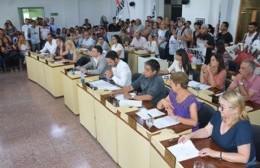 Se aprobó el decreto que prevé la reducción de salarios de funcionarios