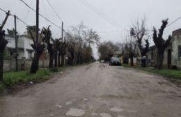 """Vecinos hartos por el precario """"arreglo"""" de una calle: """"¿Nos están cargando?"""""""