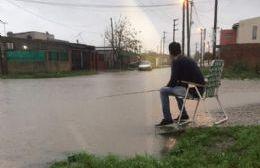 Desesperación, hartazgo e ironía ante el temporal de lluvia
