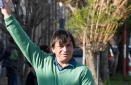 """Guerrero y la tercera posición en Berisso formándose """"con vecinos comunes y corrientes que saben de las necesidades"""""""