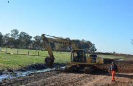 Comenzaron los trabajos de construcción del camino de acceso al nuevo edificio de la Escuela Agraria