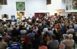 Más de 200 personas presentes en el Hogar Árabe Argentino
