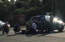 Un motociclista herido.