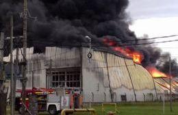 Alarma por incendio en galpón de Zona Franca (no es YPF)