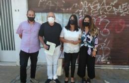 """Alejandra y Ricardo: Los primeros en dar el """"sí"""" en Berisso tras el aislamiento social"""